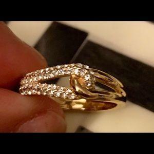 Kate Spade ♠️ knot ring